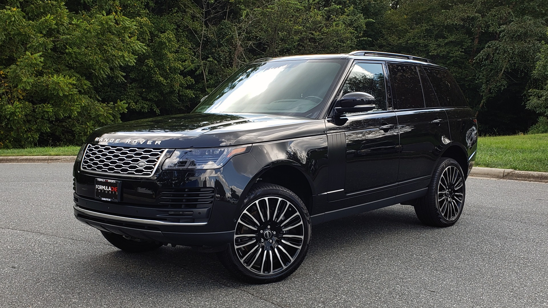 Used 2019 Land Rover RANGE ROVER SCV8 / NAV / PANO-ROOF / MERIDIAN / REARVIEW for sale Sold at Formula Imports in Charlotte NC 28227 1