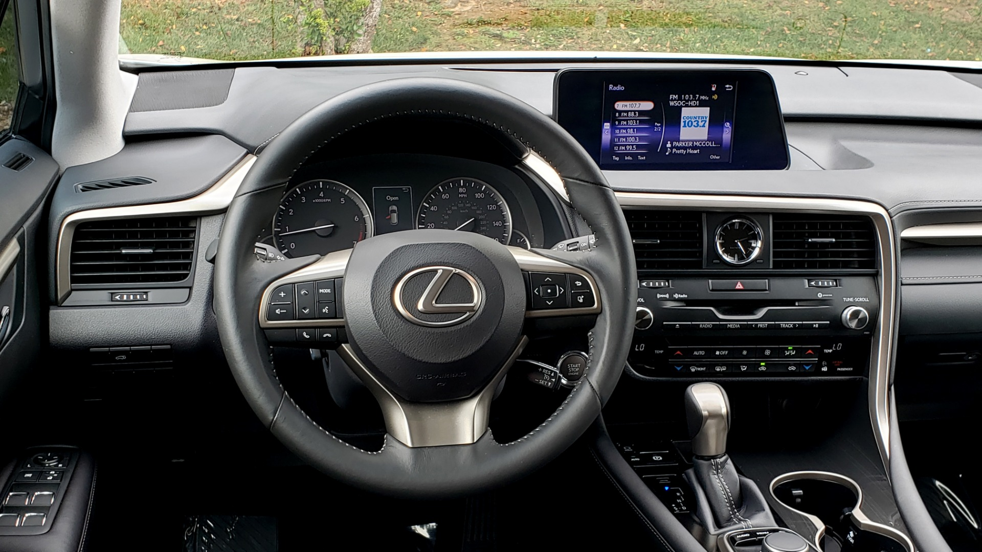 Used 2016 Lexus RX 350 FWD / 4-DR / 3.5L V6 / 8-SPD AUTO / LEATHER / REARVIEW for sale $29,795 at Formula Imports in Charlotte NC 28227 40