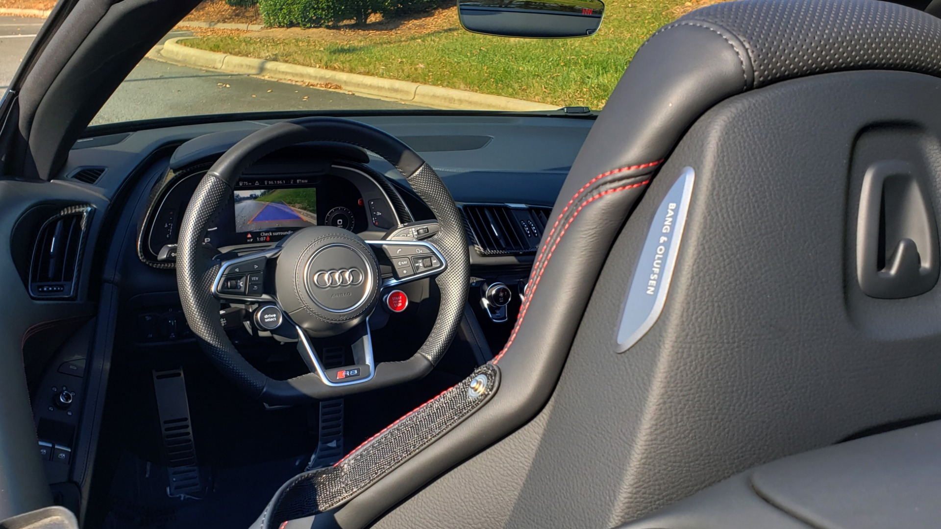 Used 2017 Audi R8 SPYDER V10 S-TRONIC / CARBON EXT & INT PKG / NAV / REARVIEW for sale Sold at Formula Imports in Charlotte NC 28227 23