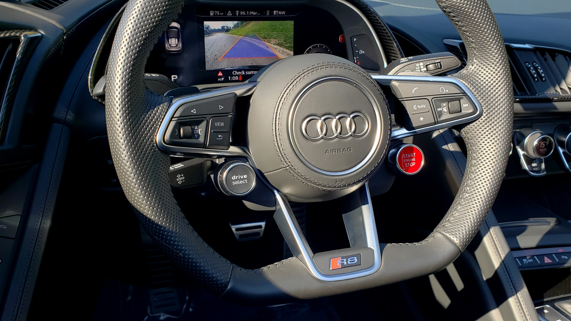 Used 2017 Audi R8 SPYDER V10 S-TRONIC / CARBON EXT & INT PKG / NAV / REARVIEW for sale Sold at Formula Imports in Charlotte NC 28227 24