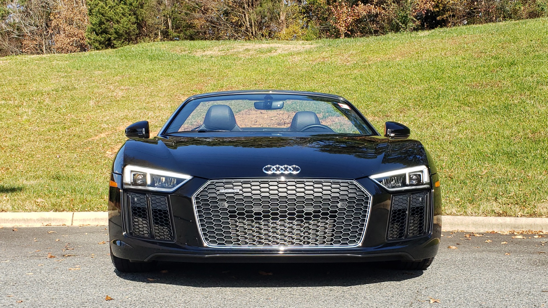 Used 2017 Audi R8 SPYDER V10 S-TRONIC / CARBON EXT & INT PKG / NAV / REARVIEW for sale Sold at Formula Imports in Charlotte NC 28227 48