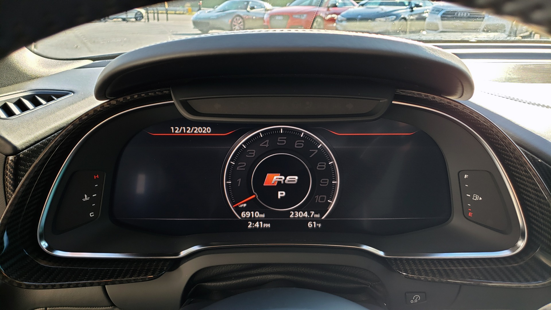Used 2017 Audi R8 SPYDER V10 S-TRONIC / CARBON EXT & INT PKG / NAV / REARVIEW for sale Sold at Formula Imports in Charlotte NC 28227 95