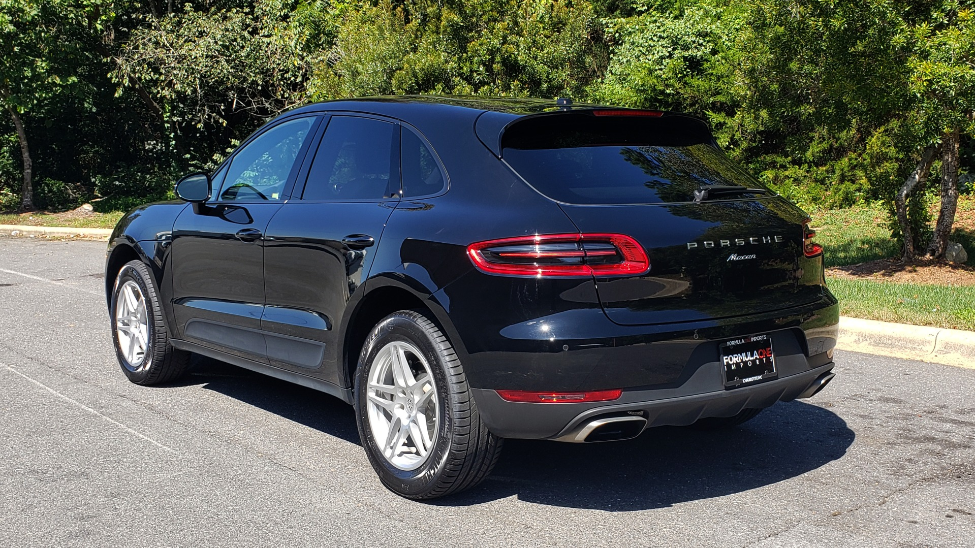 Used 2018 Porsche MACAN PREMIUM PKG PLUS / NAV / PDK / BOSE / REARVIEW for sale Sold at Formula Imports in Charlotte NC 28227 5