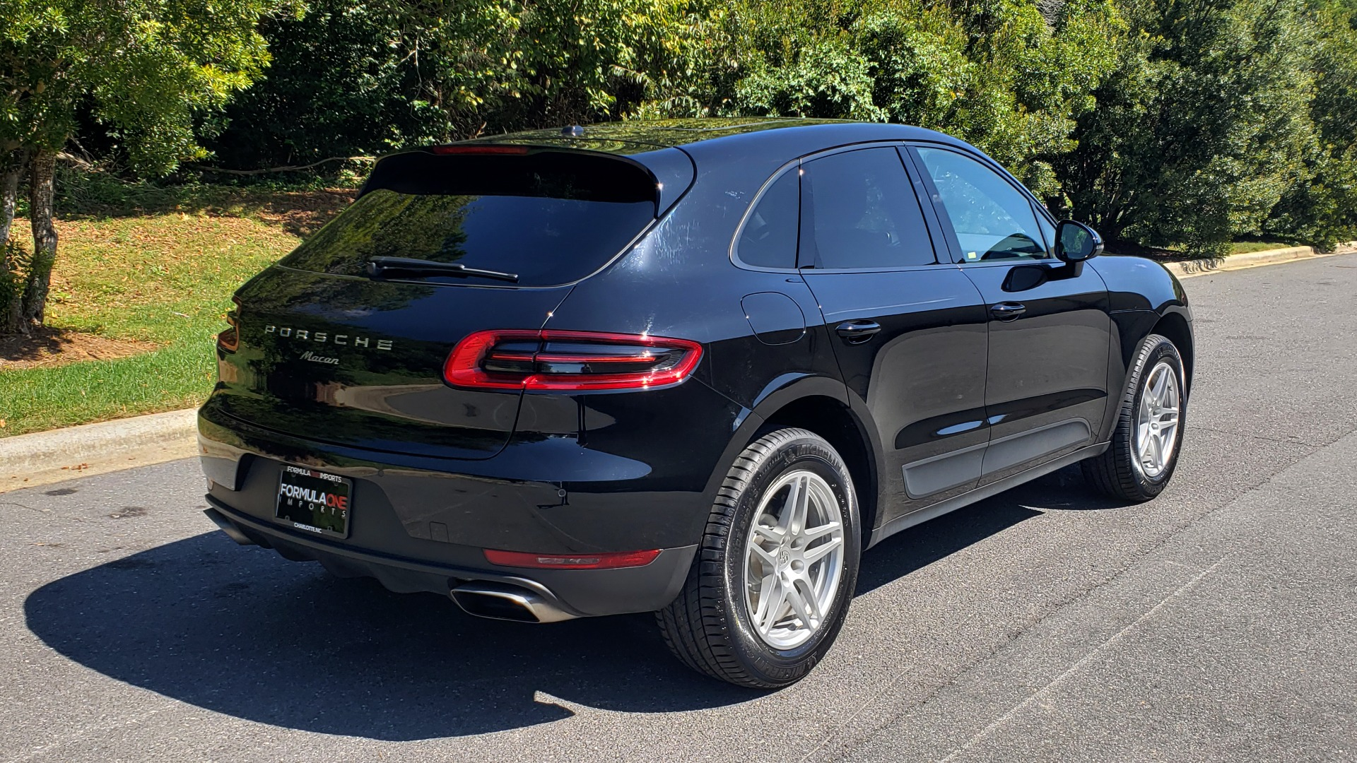 Used 2018 Porsche MACAN PREMIUM PKG PLUS / NAV / PDK / BOSE / REARVIEW for sale Sold at Formula Imports in Charlotte NC 28227 8