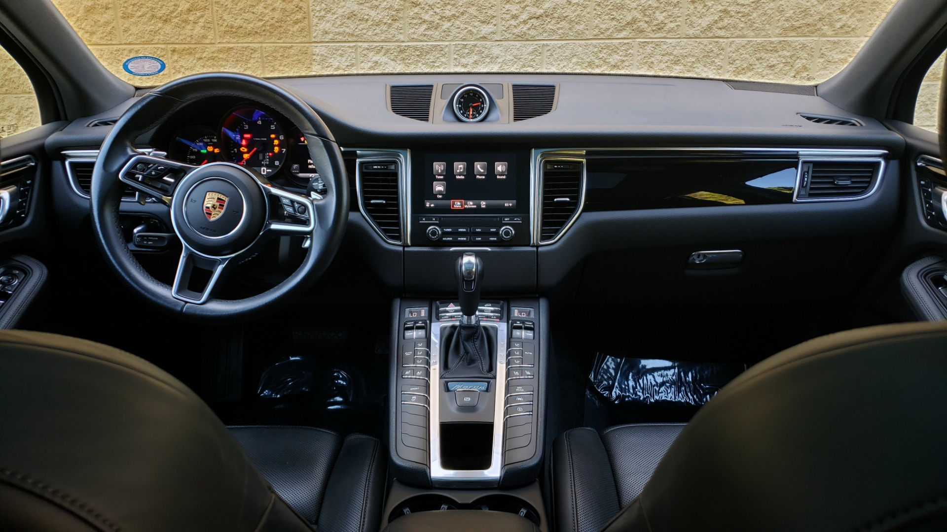 Used 2018 Porsche MACAN PREMIUM PKG PLUS / NAV / PDK / BOSE / REARVIEW for sale Sold at Formula Imports in Charlotte NC 28227 83