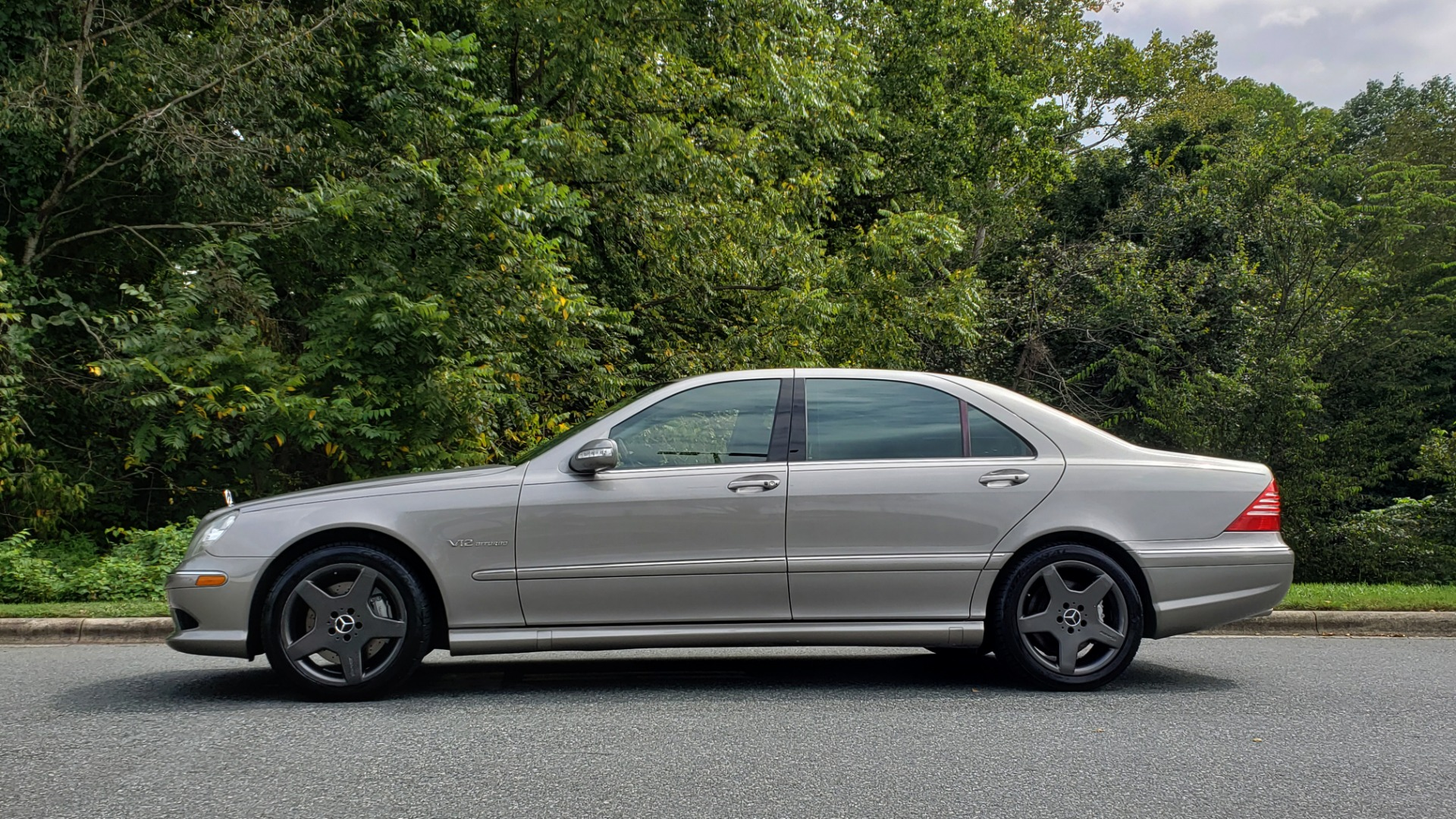 Used 2003 Mercedes-Benz S-CLASS S600 5.5L V12 SEDAN / SUNROOF / KEYLESS-GO / BOSE for sale Sold at Formula Imports in Charlotte NC 28227 2