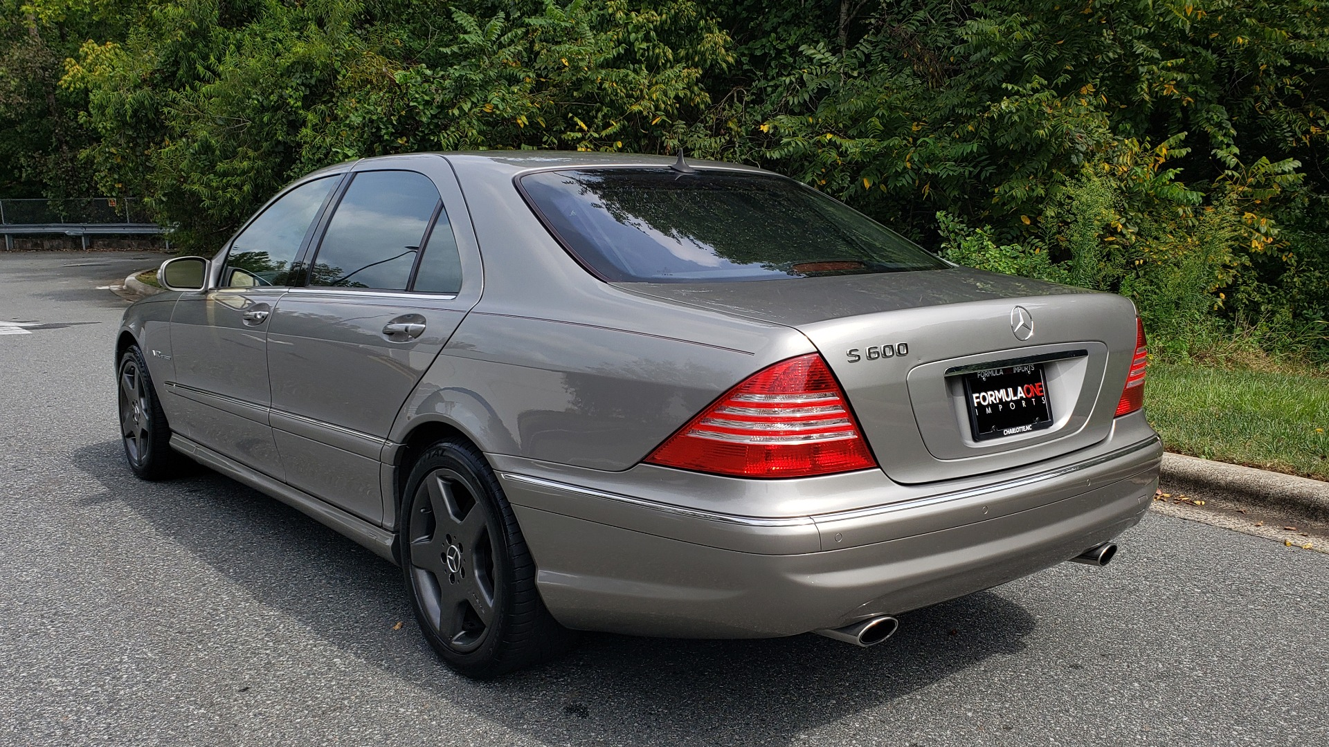 Used 2003 Mercedes-Benz S-CLASS S600 5.5L V12 SEDAN / SUNROOF / KEYLESS-GO / BOSE for sale Sold at Formula Imports in Charlotte NC 28227 3