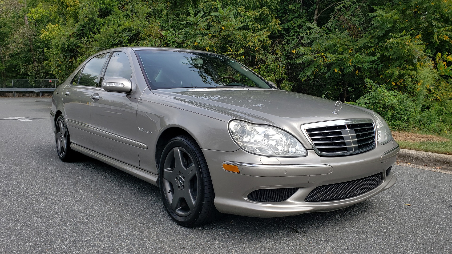 Used 2003 Mercedes-Benz S-CLASS S600 5.5L V12 SEDAN / SUNROOF / KEYLESS-GO / BOSE for sale Sold at Formula Imports in Charlotte NC 28227 4