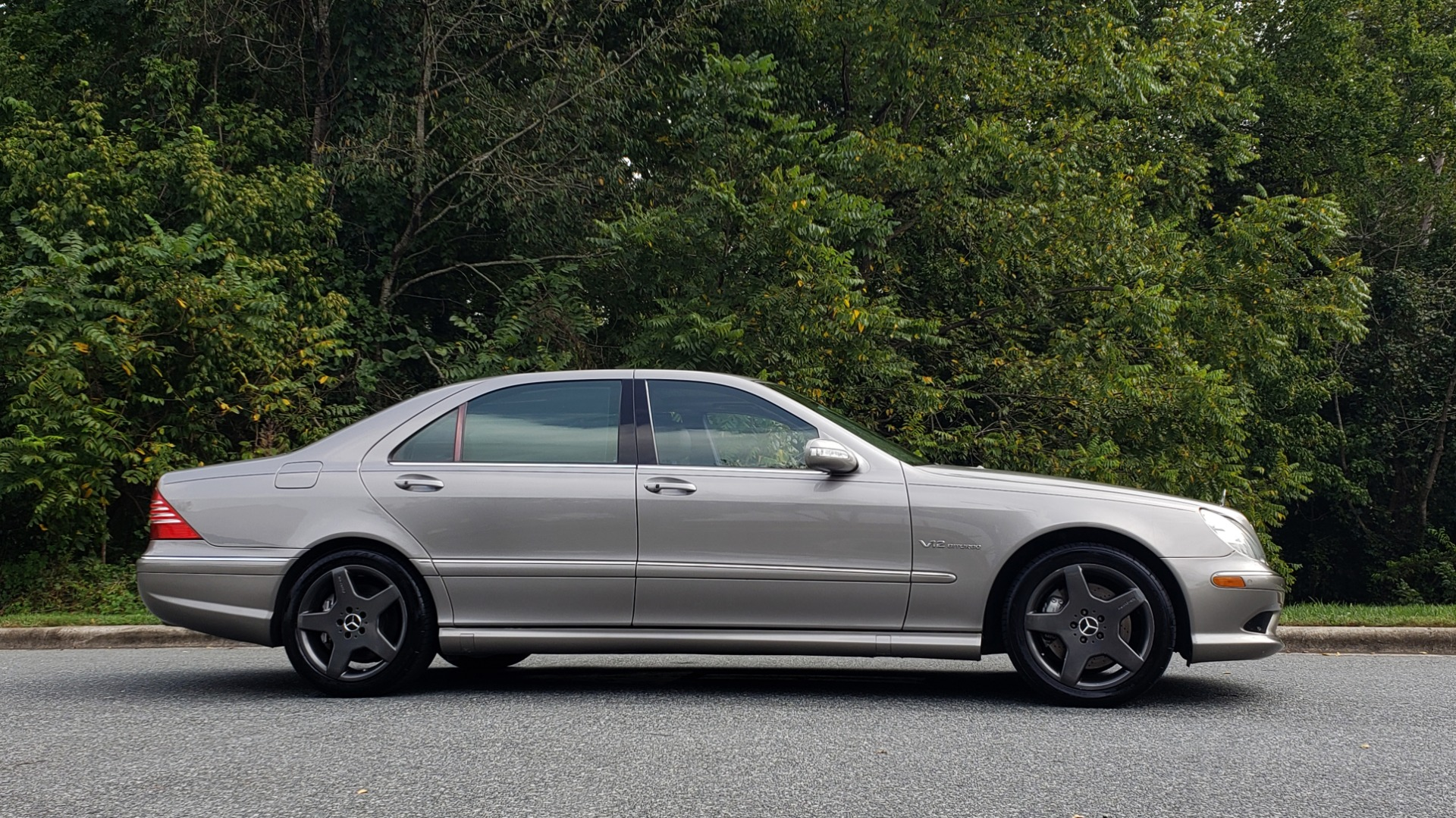 Used 2003 Mercedes-Benz S-CLASS S600 5.5L V12 SEDAN / SUNROOF / KEYLESS-GO / BOSE for sale Sold at Formula Imports in Charlotte NC 28227 5