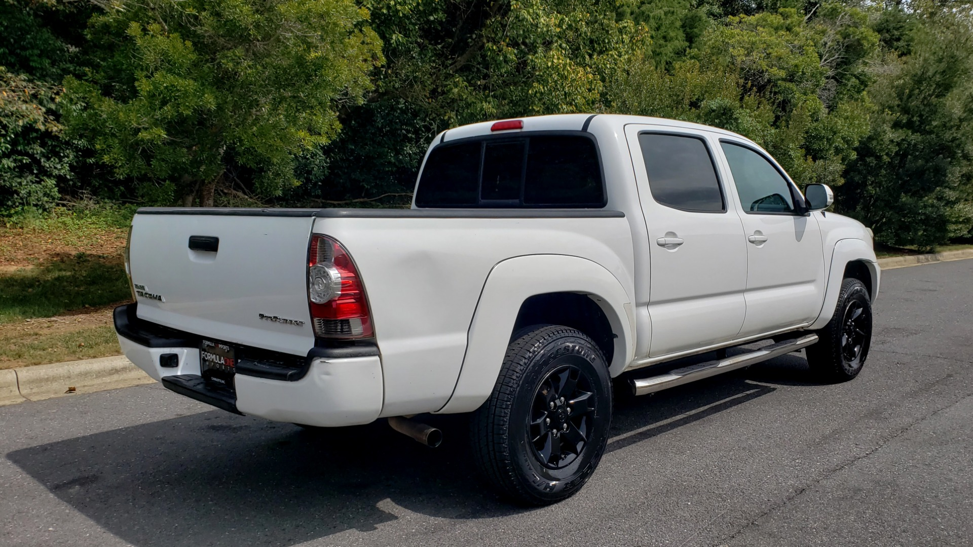 Used 2015 Toyota TACOMA PRERUNNER DOUBLE CAB/ 4-CYL / 4-SPD AUTO / SR PKG / CONV PKG for sale $15,995 at Formula Imports in Charlotte NC 28227 6
