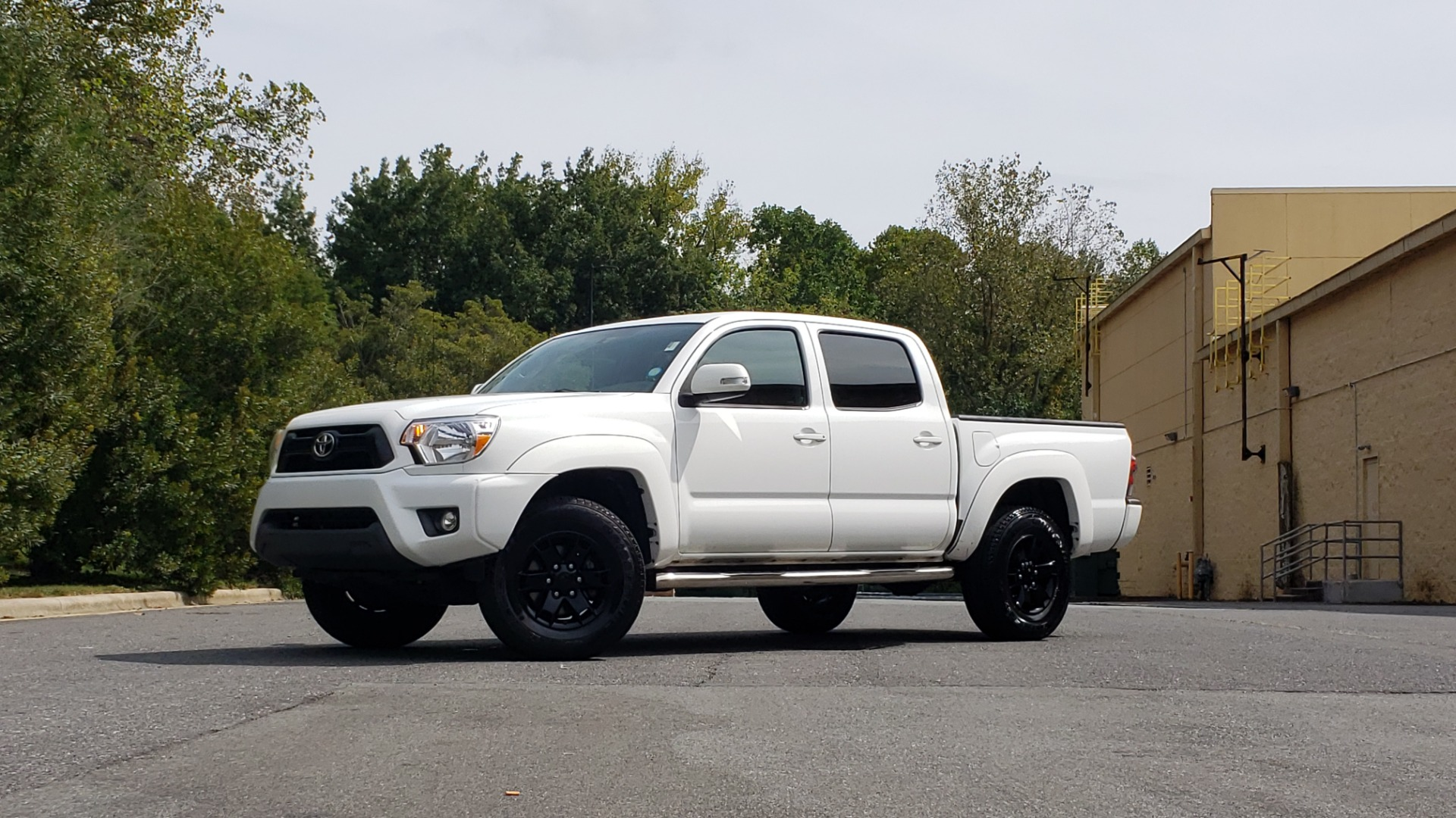 Used 2015 Toyota TACOMA PRERUNNER DOUBLE CAB/ 4-CYL / 4-SPD AUTO / SR PKG / CONV PKG for sale $15,995 at Formula Imports in Charlotte NC 28227 85