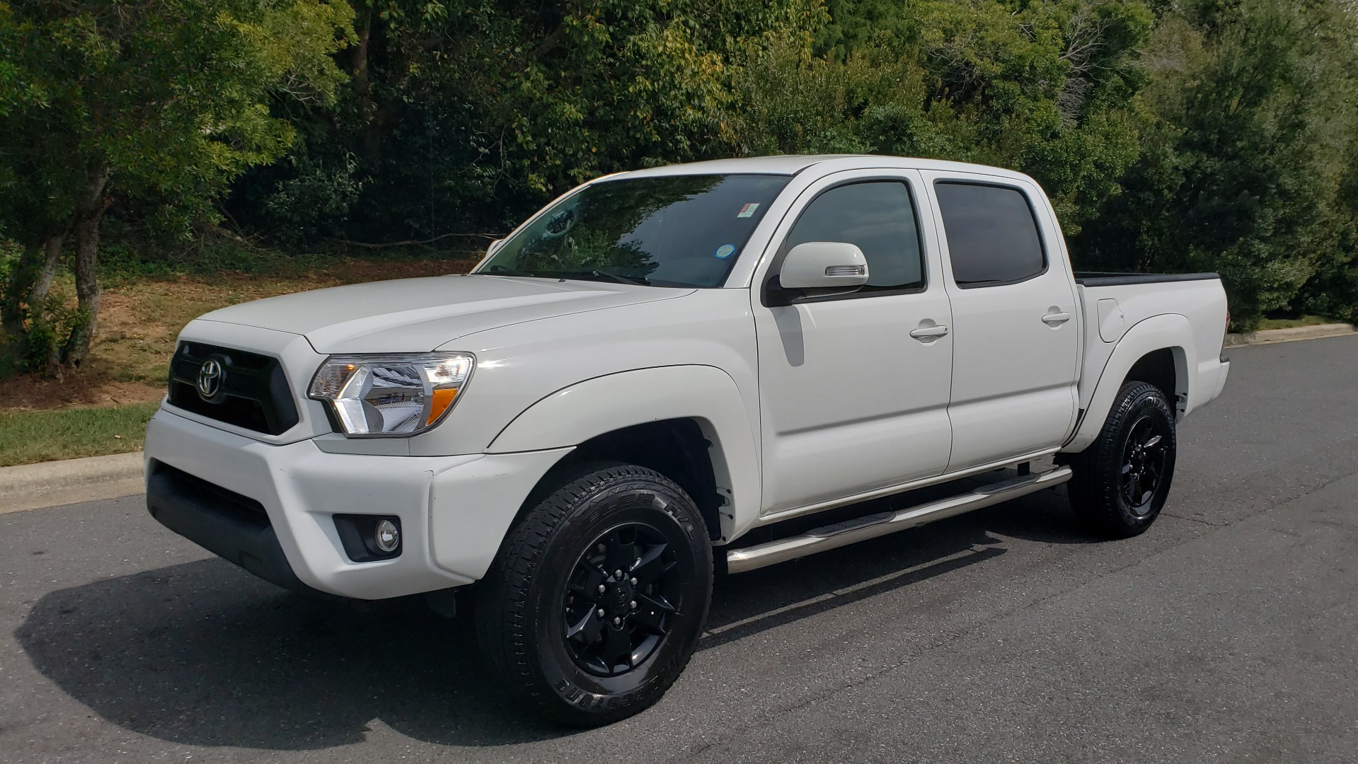 Used 2015 Toyota TACOMA PRERUNNER DOUBLE CAB/ 4-CYL / 4-SPD AUTO / SR PKG / CONV PKG for sale $15,995 at Formula Imports in Charlotte NC 28227 1