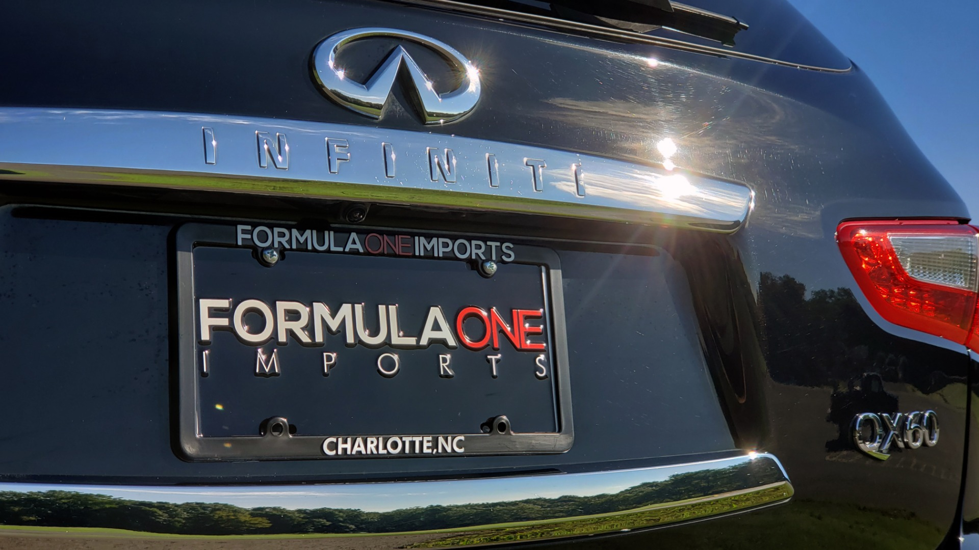 Used 2015 INFINITI QX60 AWD / PREM PLUS PKG / NAV / SUNROOF / BOSE / 3-ROW / REARVIEW for sale $19,695 at Formula Imports in Charlotte NC 28227 21