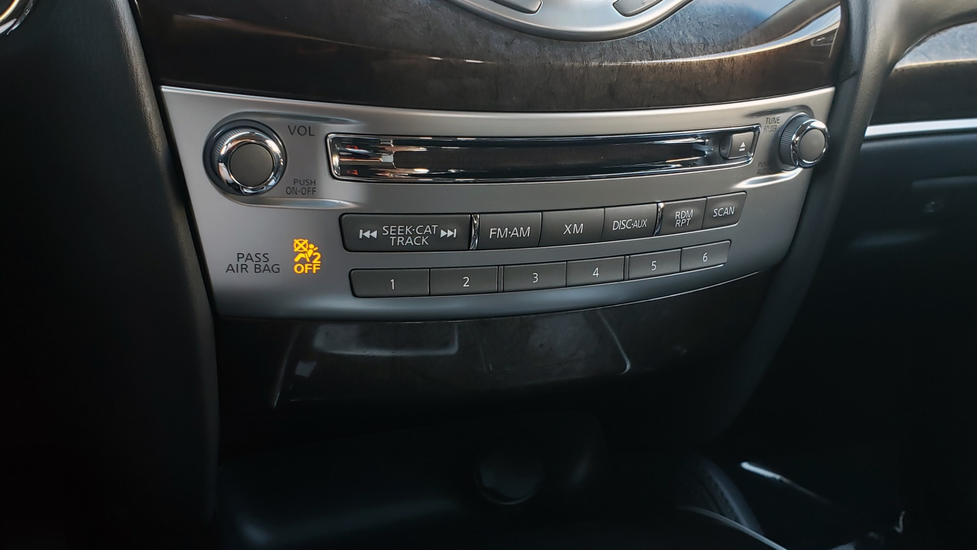 Used 2015 INFINITI QX60 AWD / PREM PLUS PKG / NAV / SUNROOF / BOSE / 3-ROW / REARVIEW for sale $19,695 at Formula Imports in Charlotte NC 28227 48