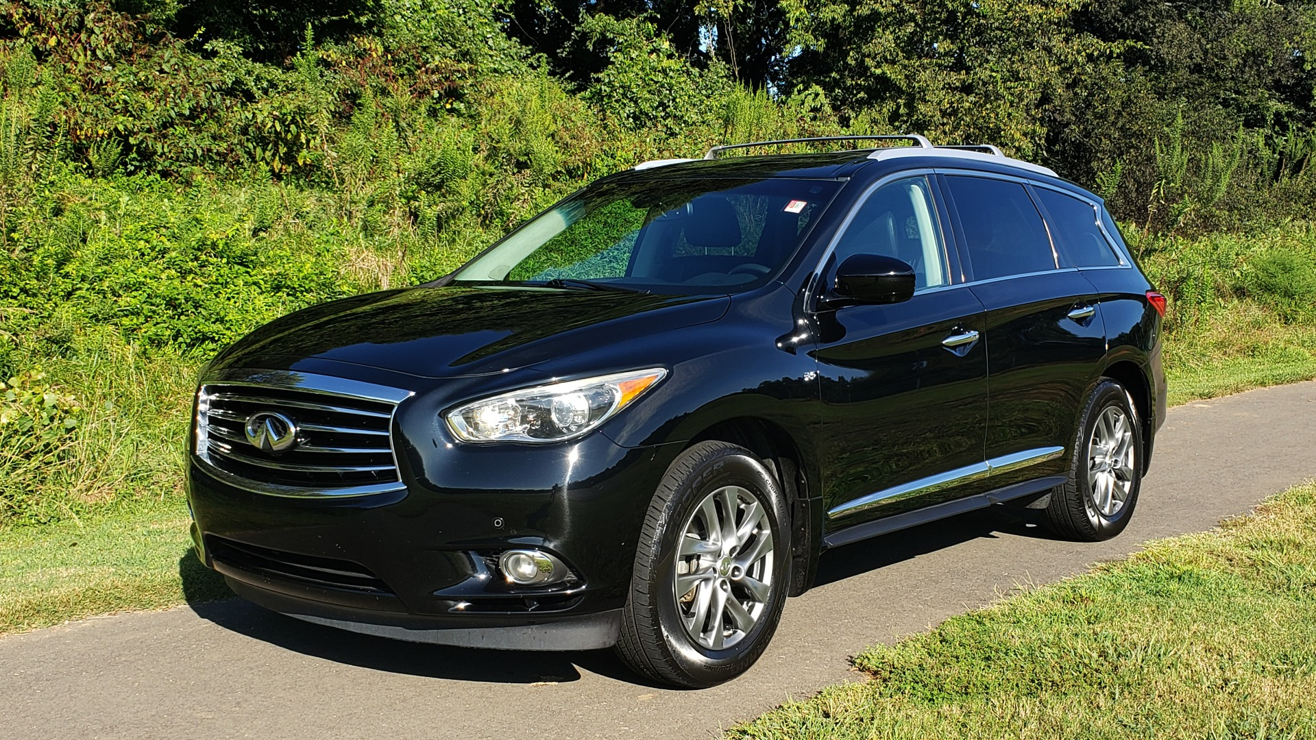 Used 2015 INFINITI QX60 AWD / PREM PLUS PKG / NAV / SUNROOF / BOSE / 3-ROW / REARVIEW for sale $19,695 at Formula Imports in Charlotte NC 28227 5