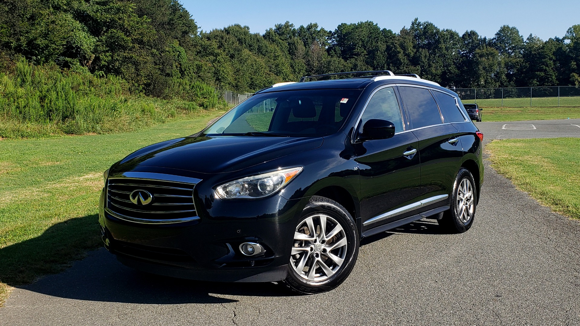Used 2015 INFINITI QX60 AWD / PREM PLUS PKG / NAV / SUNROOF / BOSE / 3-ROW / REARVIEW for sale $19,695 at Formula Imports in Charlotte NC 28227 1