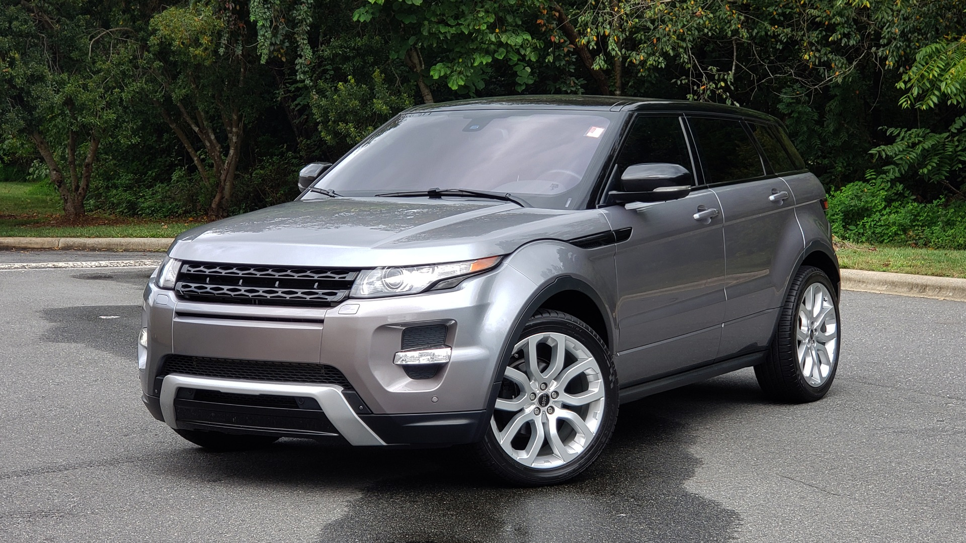 Used 2013 Land Rover RANGE ROVER EVOQUE DYNAMIC PREMIUM / NAV / PANO-ROOF / BLIND SPOT / REARVIEW for sale Sold at Formula Imports in Charlotte NC 28227 1