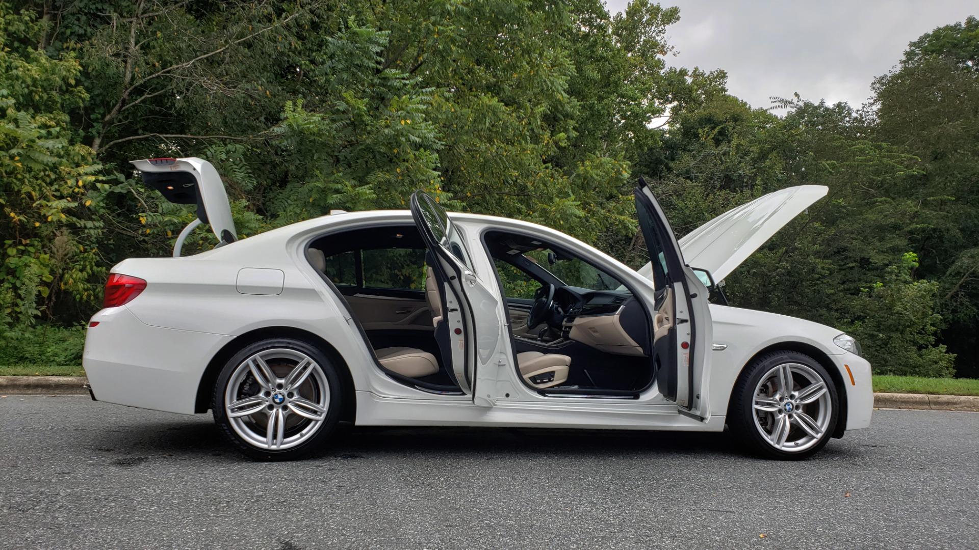 Used 2012 BMW 5 SERIES 550I M SPORT / NAV / CONV PKG / SUNROOF / PREM SND / REARVIEW for sale Sold at Formula Imports in Charlotte NC 28227 12