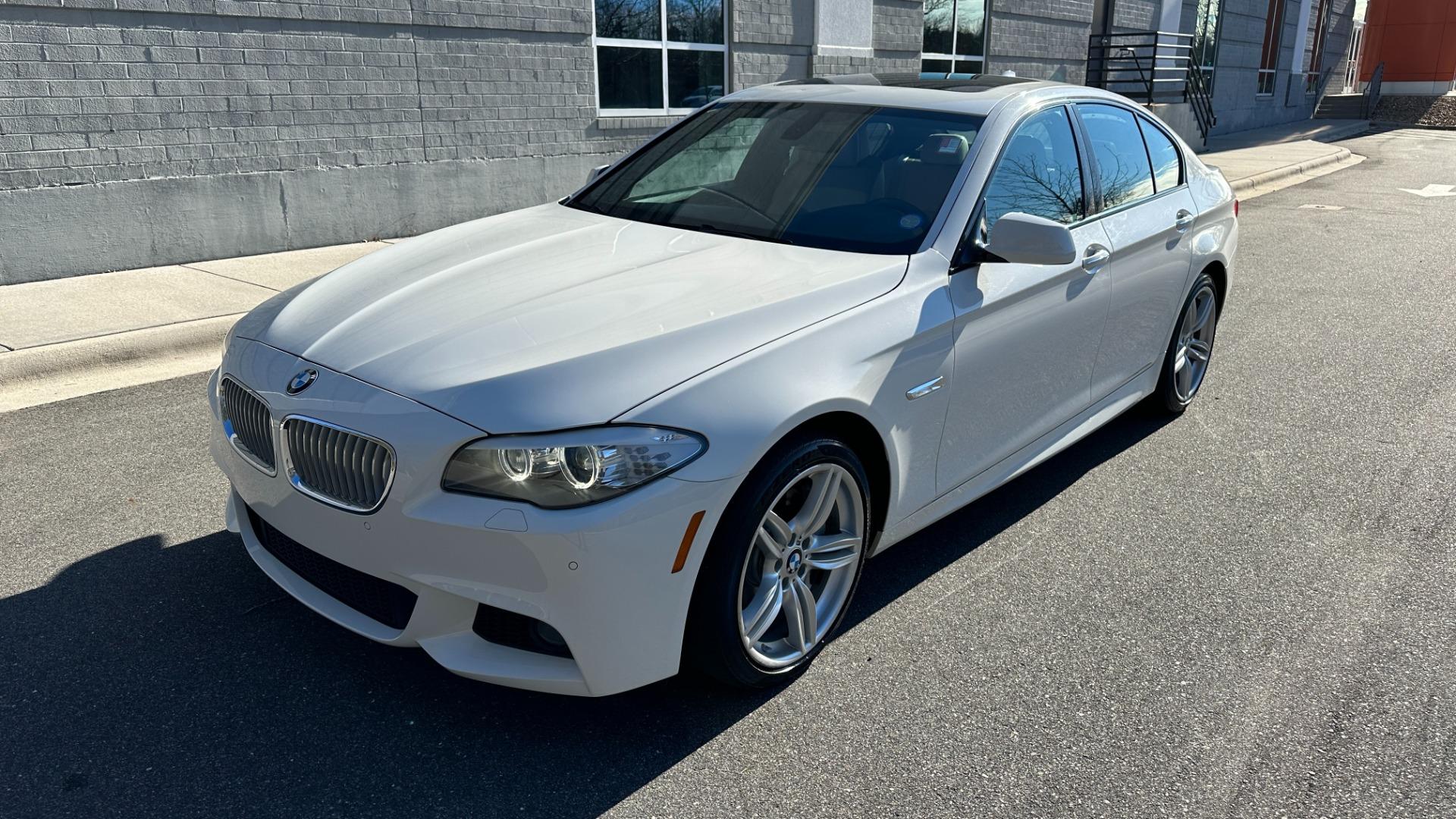 Used 2012 BMW 5 SERIES 550I M SPORT / NAV / CONV PKG / SUNROOF / PREM SND / REARVIEW for sale Sold at Formula Imports in Charlotte NC 28227 2