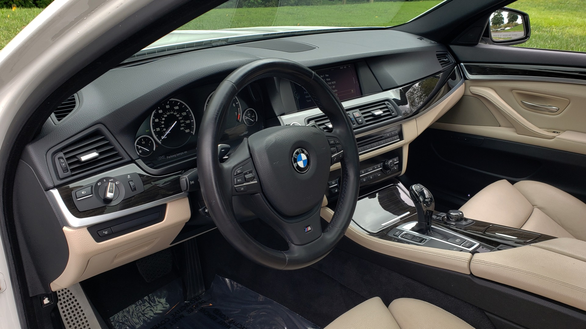 Used 2012 BMW 5 SERIES 550I M SPORT / NAV / CONV PKG / SUNROOF / PREM SND / REARVIEW for sale Sold at Formula Imports in Charlotte NC 28227 31