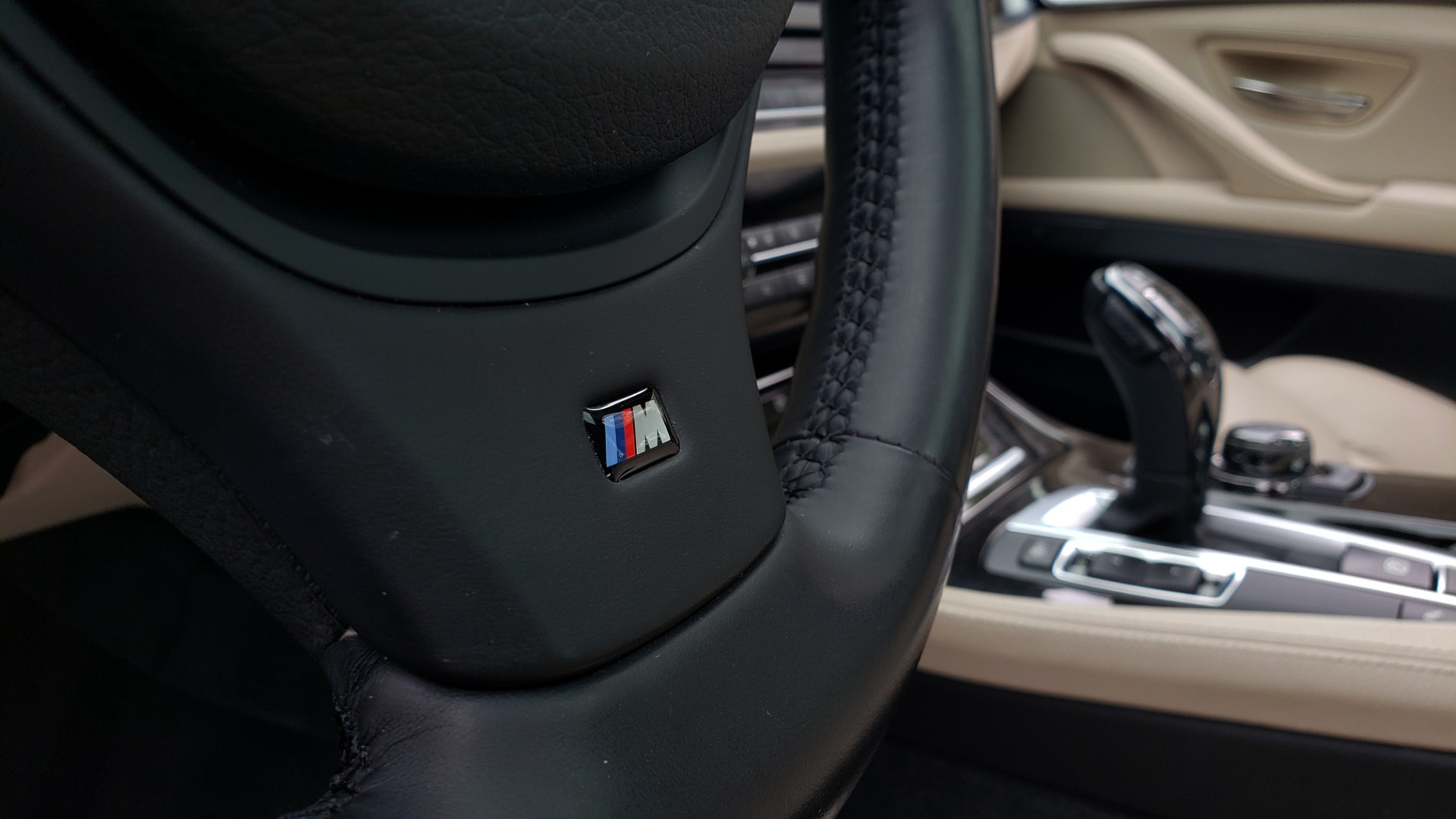 Used 2012 BMW 5 SERIES 550I M SPORT / NAV / CONV PKG / SUNROOF / PREM SND / REARVIEW for sale Sold at Formula Imports in Charlotte NC 28227 33