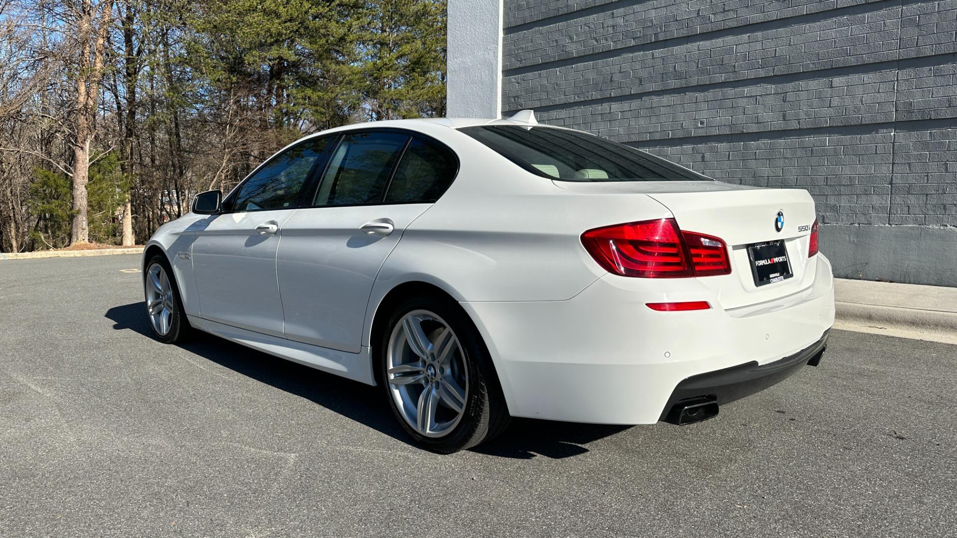 Used 2012 BMW 5 SERIES 550I M SPORT / NAV / CONV PKG / SUNROOF / PREM SND / REARVIEW for sale Sold at Formula Imports in Charlotte NC 28227 4