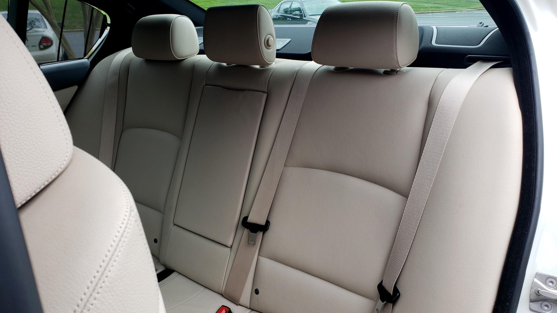 Used 2012 BMW 5 SERIES 550I M SPORT / NAV / CONV PKG / SUNROOF / PREM SND / REARVIEW for sale Sold at Formula Imports in Charlotte NC 28227 53