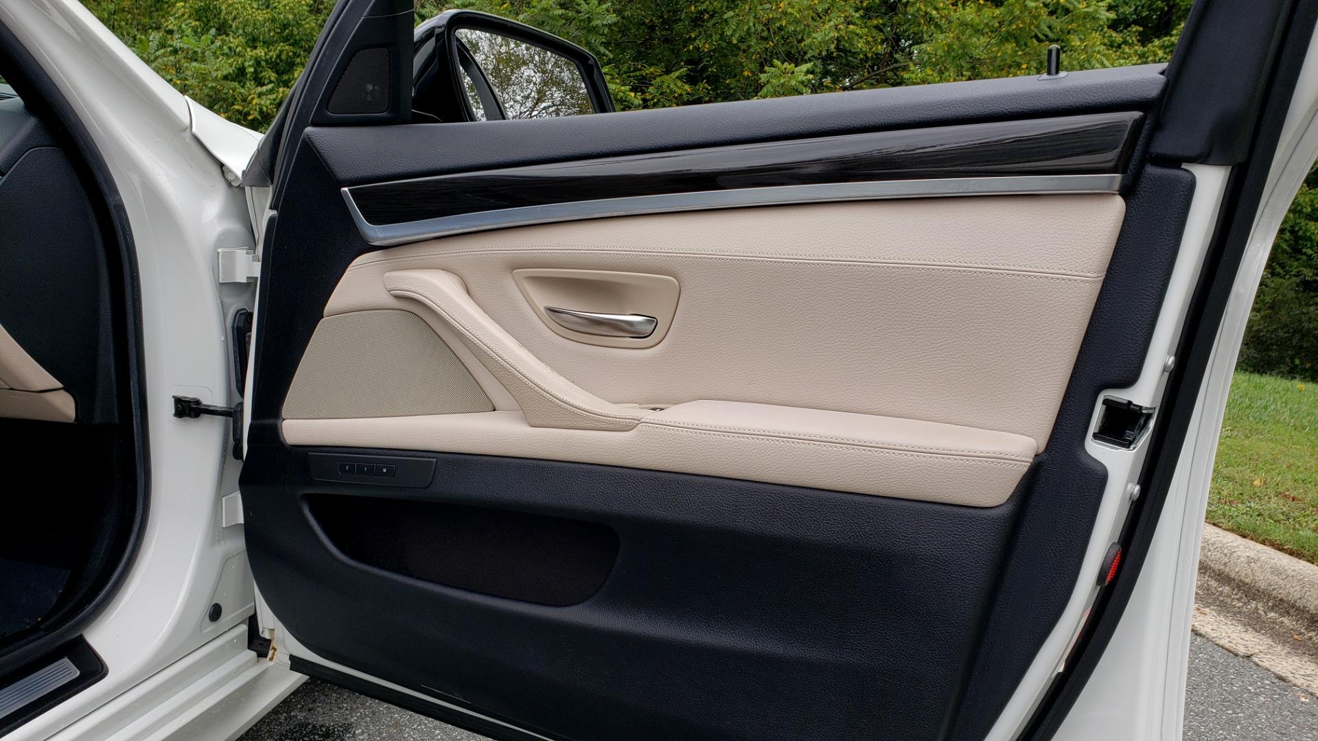 Used 2012 BMW 5 SERIES 550I M SPORT / NAV / CONV PKG / SUNROOF / PREM SND / REARVIEW for sale Sold at Formula Imports in Charlotte NC 28227 54