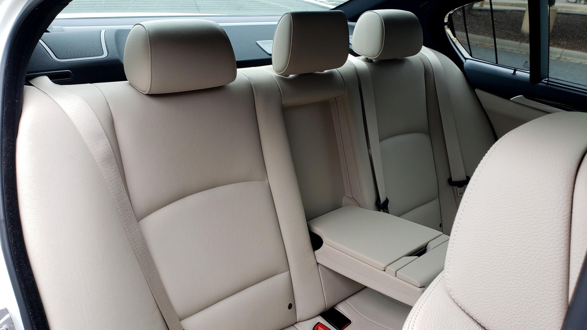 Used 2012 BMW 5 SERIES 550I M SPORT / NAV / CONV PKG / SUNROOF / PREM SND / REARVIEW for sale Sold at Formula Imports in Charlotte NC 28227 60
