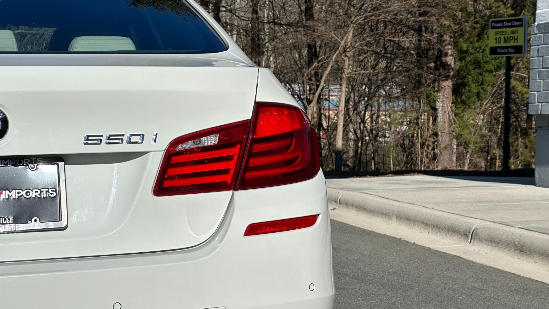 Used 2012 BMW 5 SERIES 550I M SPORT / NAV / CONV PKG / SUNROOF / PREM SND / REARVIEW for sale Sold at Formula Imports in Charlotte NC 28227 71