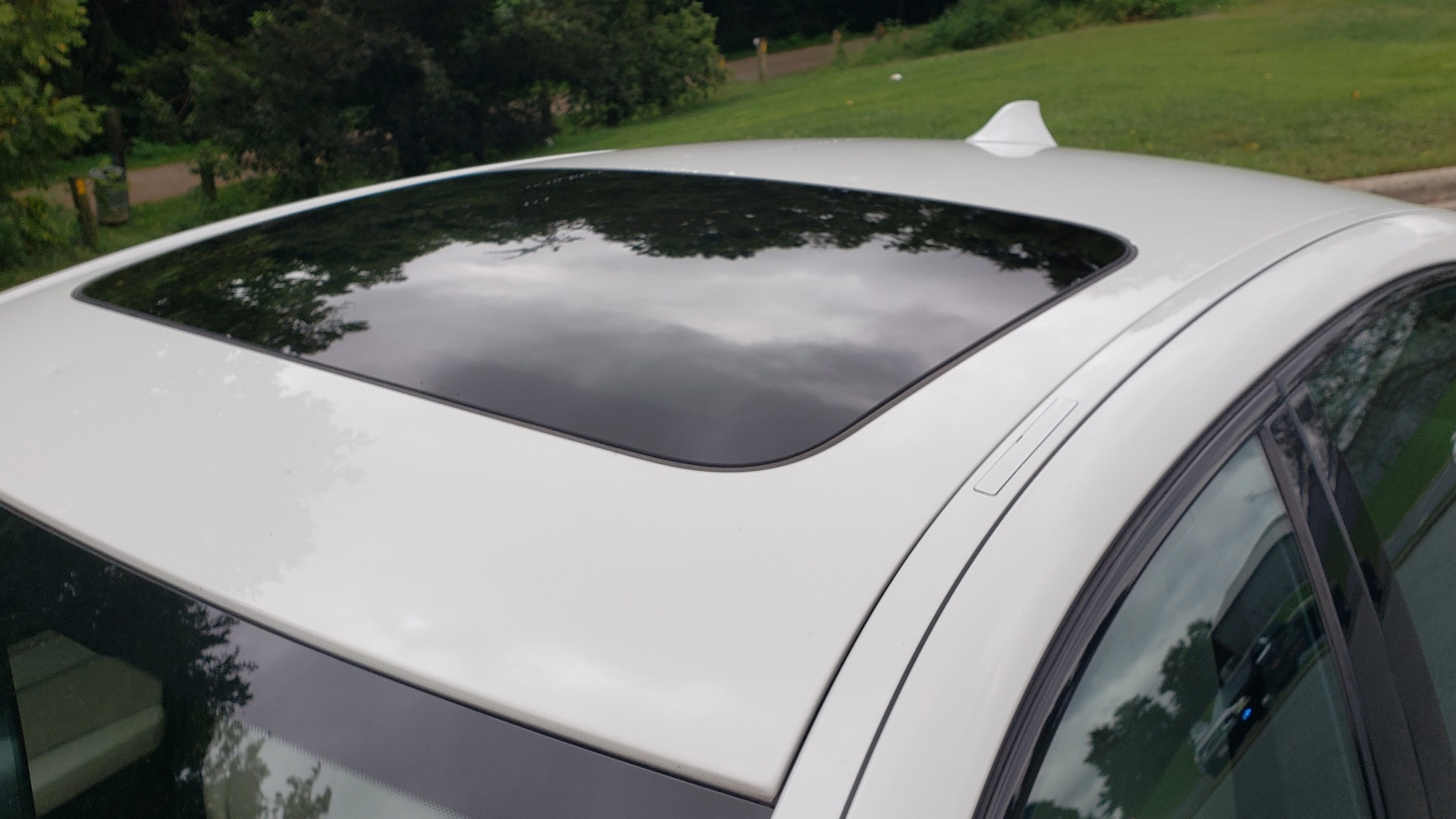 Used 2012 BMW 5 SERIES 550I M SPORT / NAV / CONV PKG / SUNROOF / PREM SND / REARVIEW for sale Sold at Formula Imports in Charlotte NC 28227 8