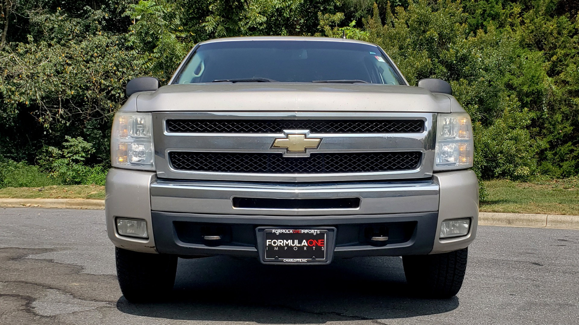 Used 2009 Chevrolet SILVERADO 1500 LT / CREWCAB / 5.3L V8 / 4WD / TRAILER PKG / REARVIEW for sale $10,595 at Formula Imports in Charlotte NC 28227 15