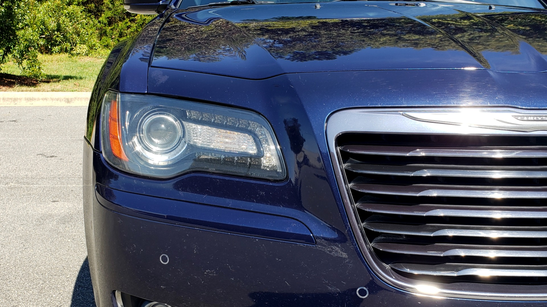 Used 2014 Chrysler 300 S AWD / SAFETY TEC / BLIND SPOT / LIGHT GRP / LUXURY GRP for sale $13,995 at Formula Imports in Charlotte NC 28227 21