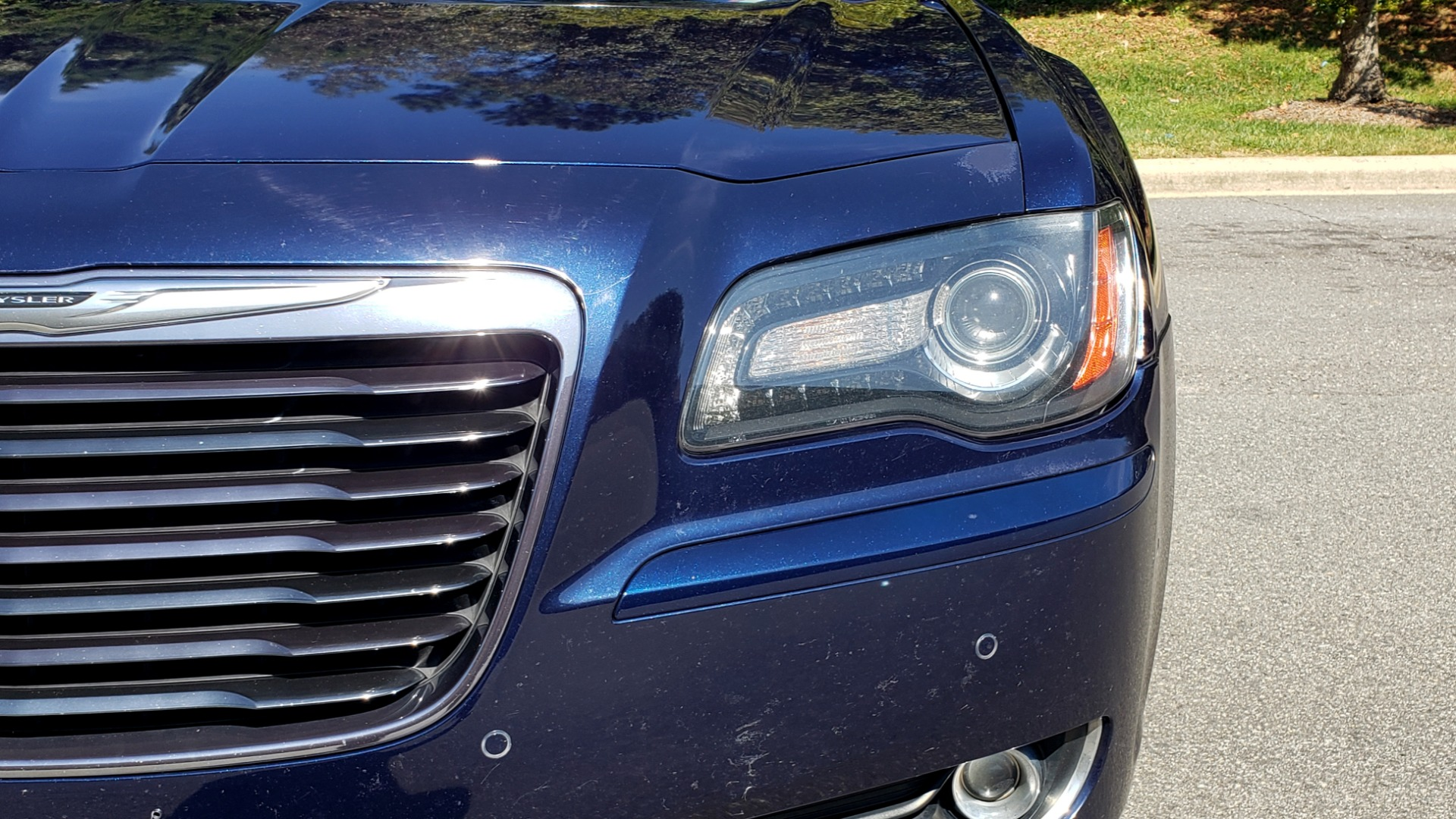 Used 2014 Chrysler 300 S AWD / SAFETY TEC / BLIND SPOT / LIGHT GRP / LUXURY GRP for sale Sold at Formula Imports in Charlotte NC 28227 22