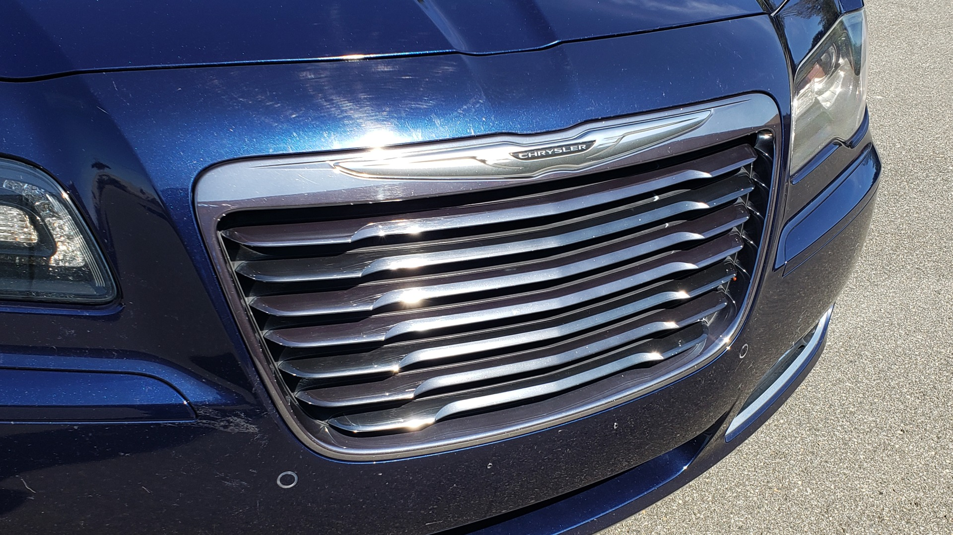 Used 2014 Chrysler 300 S AWD / SAFETY TEC / BLIND SPOT / LIGHT GRP / LUXURY GRP for sale $13,995 at Formula Imports in Charlotte NC 28227 23