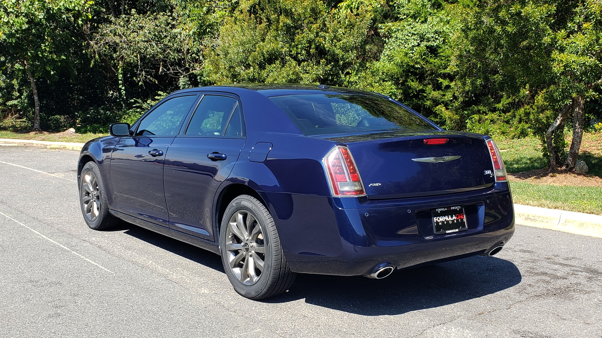 Used 2014 Chrysler 300 S AWD / SAFETY TEC / BLIND SPOT / LIGHT GRP / LUXURY GRP for sale Sold at Formula Imports in Charlotte NC 28227 5