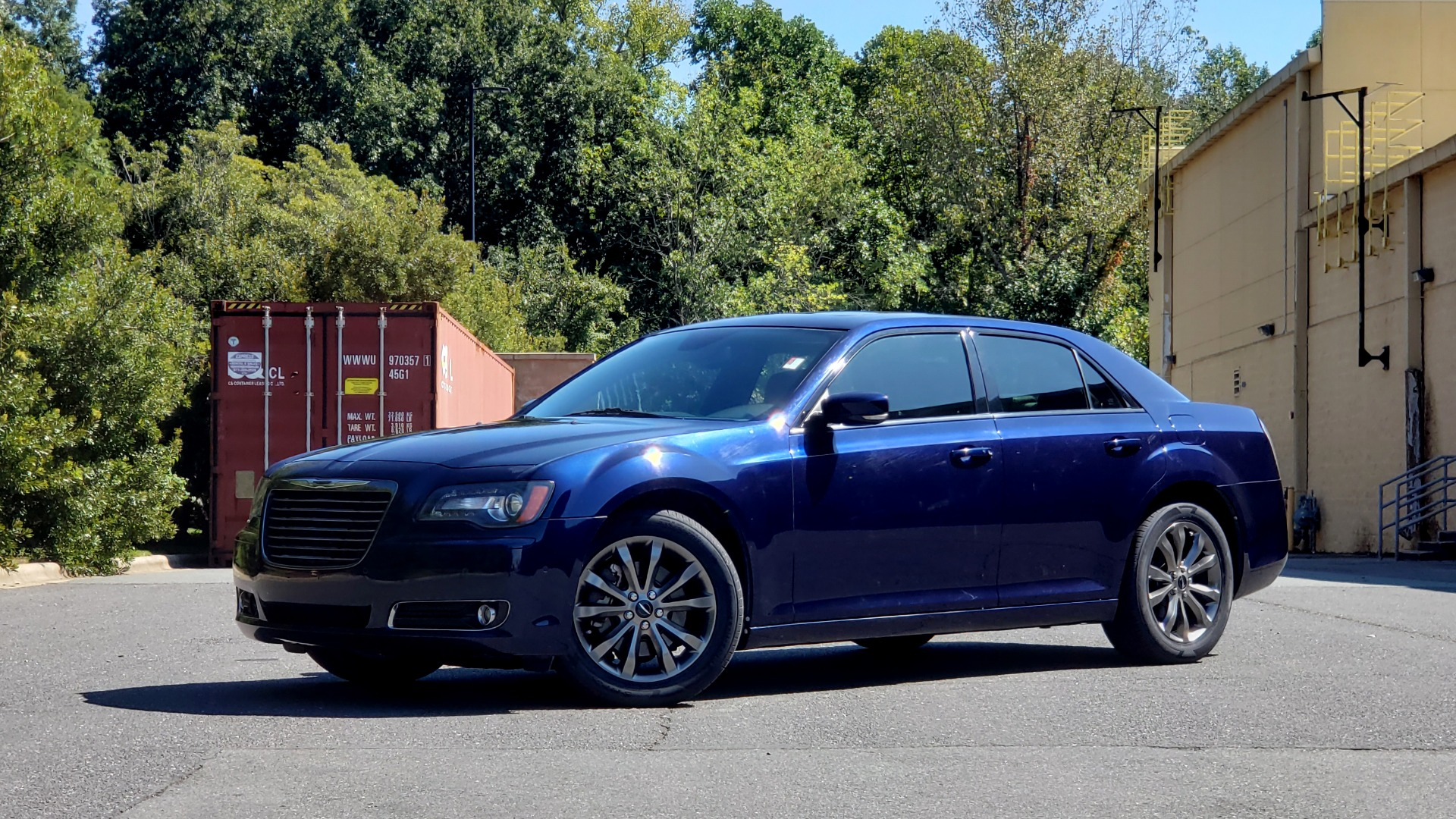 Used 2014 Chrysler 300 S AWD / SAFETY TEC / BLIND SPOT / LIGHT GRP / LUXURY GRP for sale $13,995 at Formula Imports in Charlotte NC 28227 1