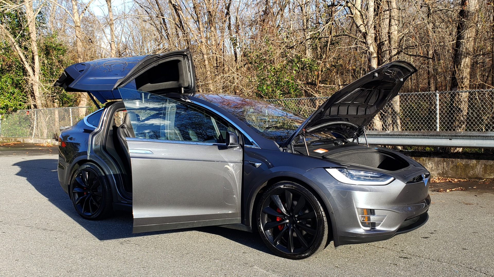 Used 2016 Tesla MODEL X P100D LUDICROUS PERF / PREM / TECH / AUTO PILOT / TOWING for sale Sold at Formula Imports in Charlotte NC 28227 10