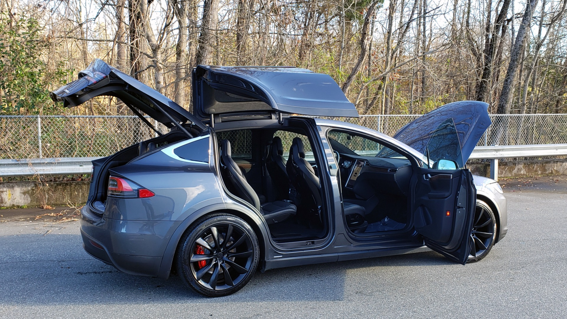 Used 2016 Tesla MODEL X P100D LUDICROUS PERF / PREM / TECH / AUTO PILOT / TOWING for sale Sold at Formula Imports in Charlotte NC 28227 11