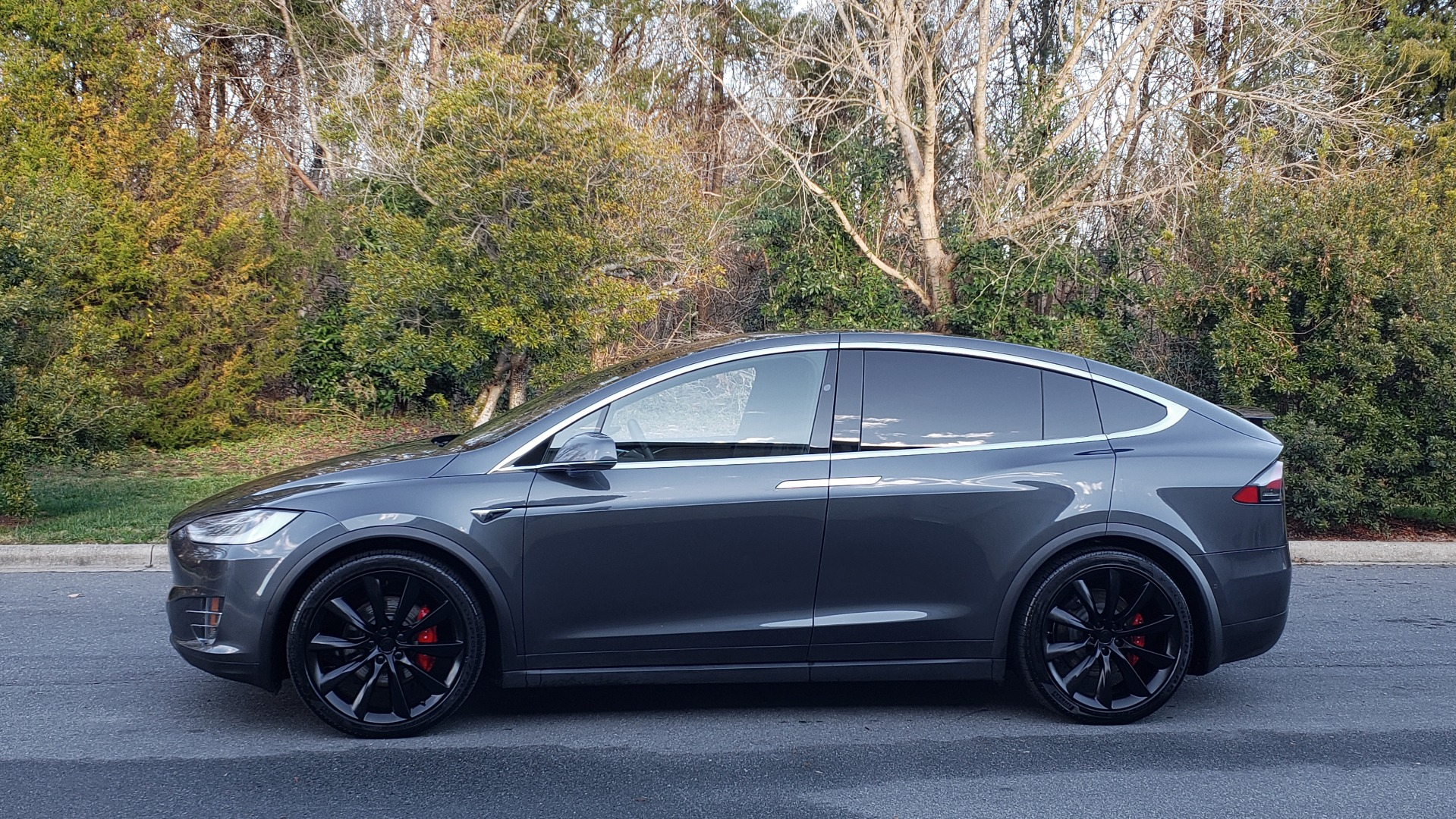 Used 2016 Tesla MODEL X P100D LUDICROUS PERF / PREM / TECH / AUTO PILOT / TOWING for sale Sold at Formula Imports in Charlotte NC 28227 2