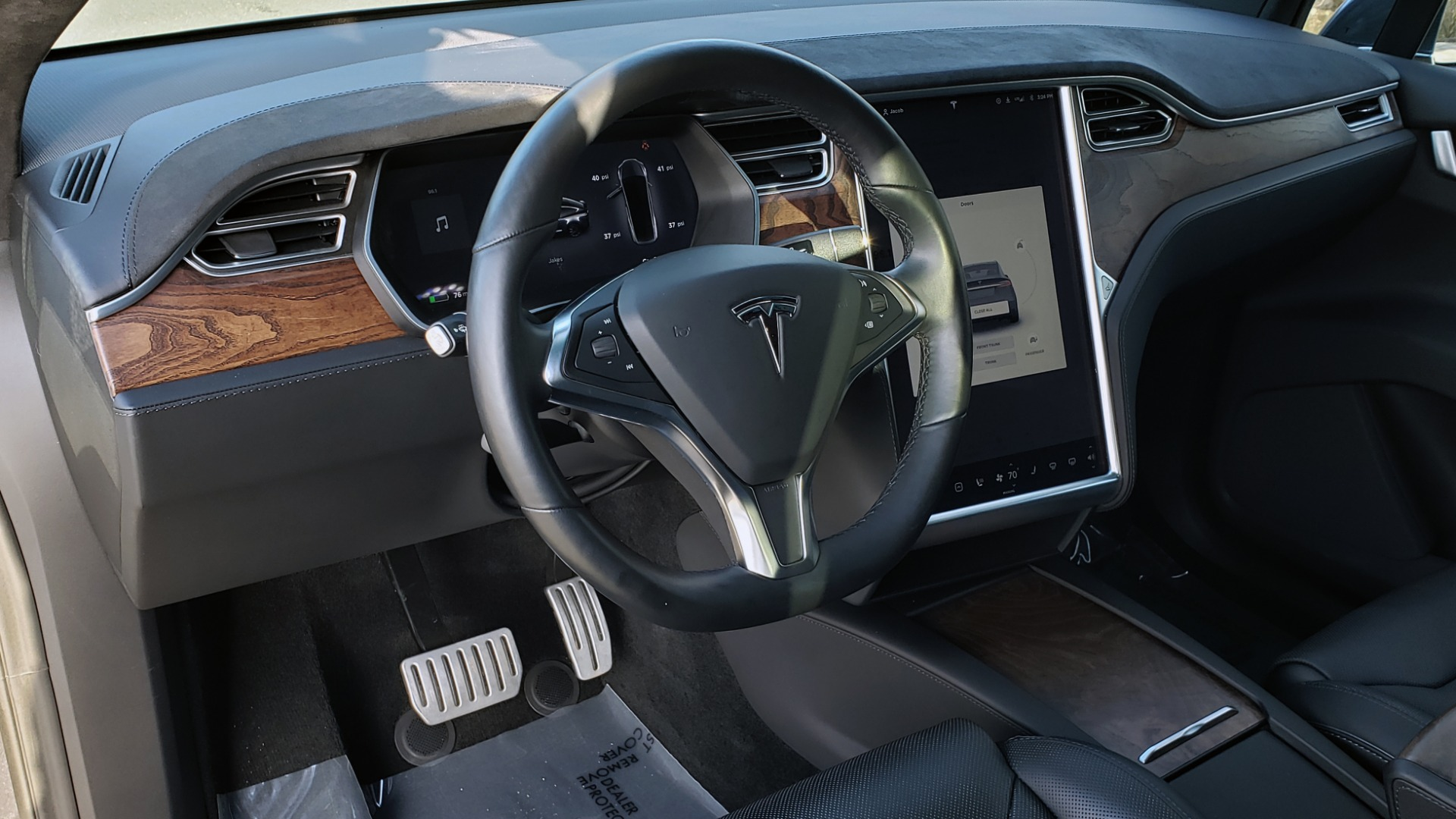 Used 2016 Tesla MODEL X P100D LUDICROUS PERF / PREM / TECH / AUTO PILOT / TOWING for sale Sold at Formula Imports in Charlotte NC 28227 37