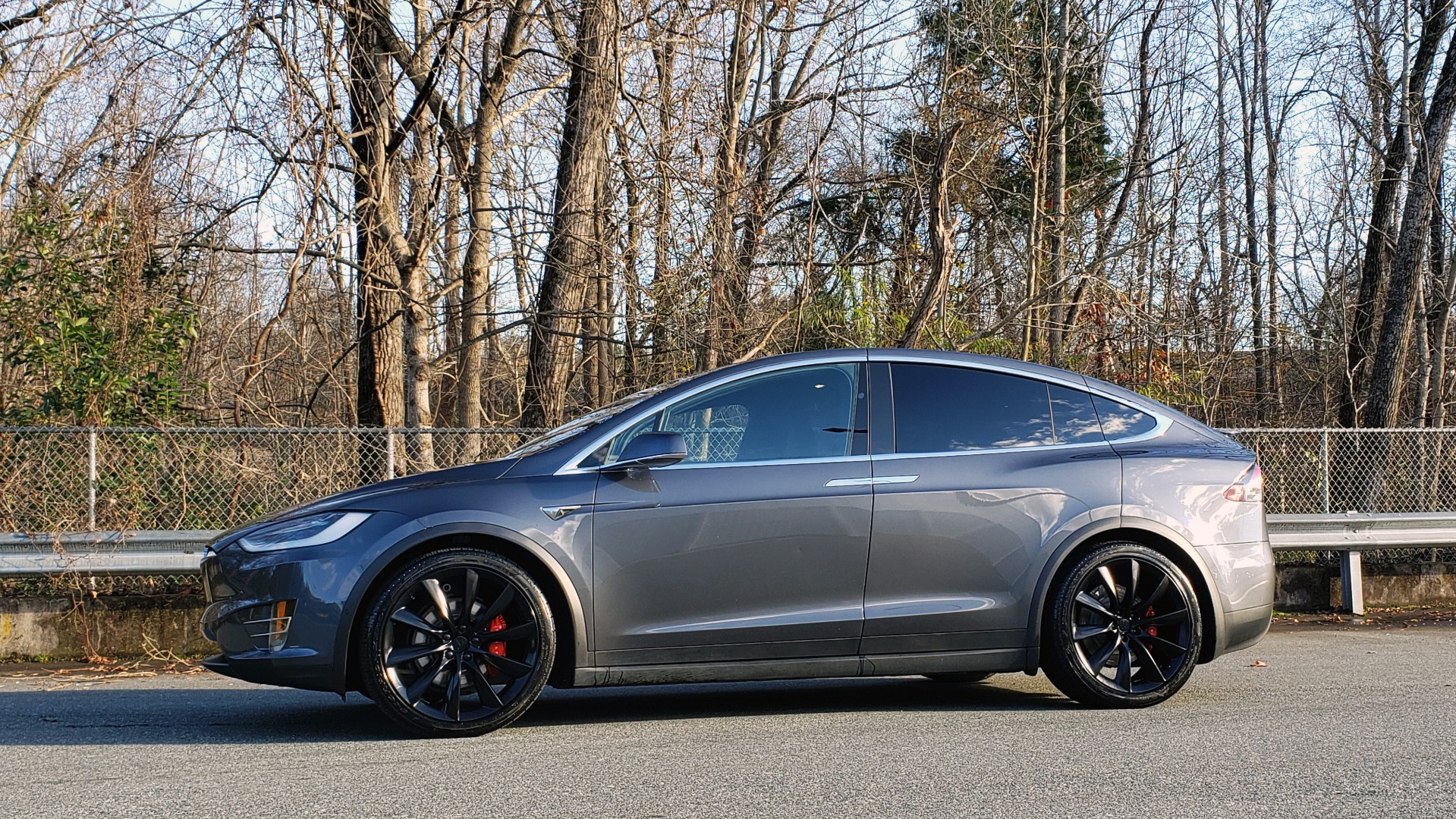 Used 2016 Tesla MODEL X P100D LUDICROUS PERF / PREM / TECH / AUTO PILOT / TOWING for sale Sold at Formula Imports in Charlotte NC 28227 5