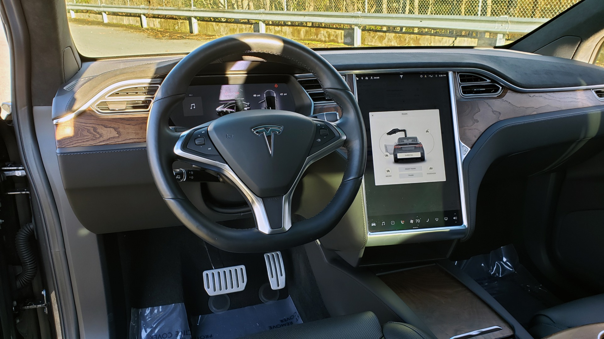 Used 2016 Tesla MODEL X P100D LUDICROUS PERF / PREM / TECH / AUTO PILOT / TOWING for sale Sold at Formula Imports in Charlotte NC 28227 64