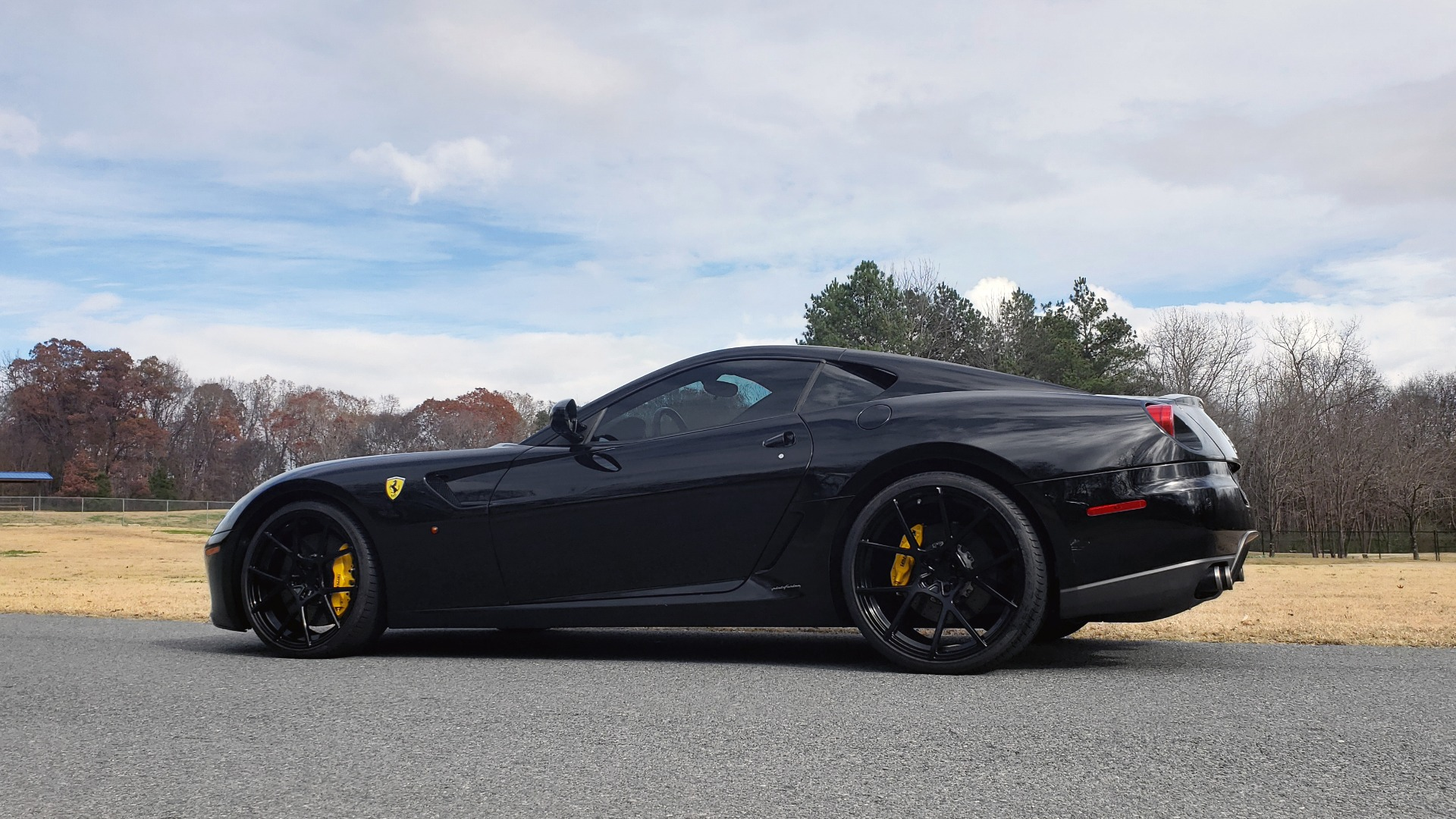 Used 2007 Ferrari 599 GTB FIORANO HGTE / V12 / F1 TRANS / NAV / BOSE / CUSTOM WHEELS for sale Sold at Formula Imports in Charlotte NC 28227 11