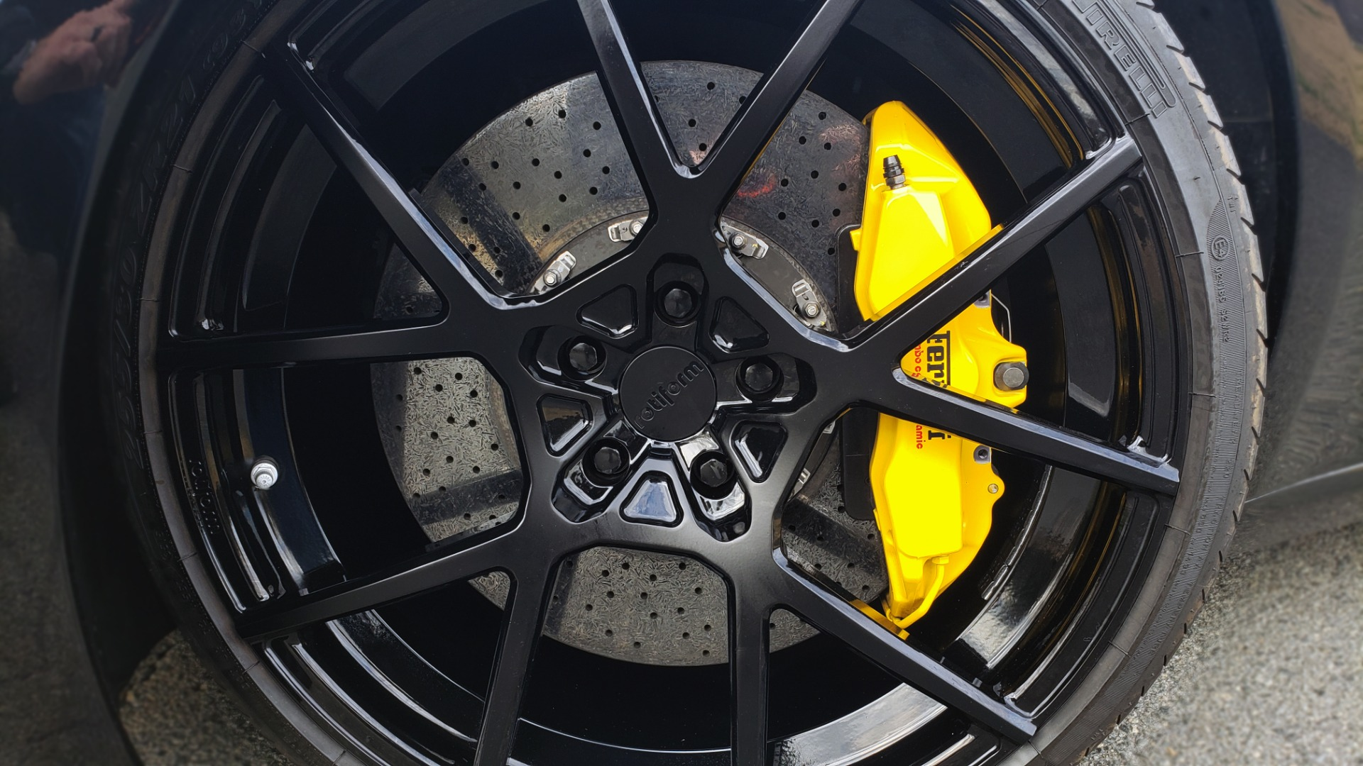 Used 2007 Ferrari 599 GTB FIORANO HGTE / V12 / F1 TRANS / NAV / BOSE / CUSTOM WHEELS for sale Sold at Formula Imports in Charlotte NC 28227 31
