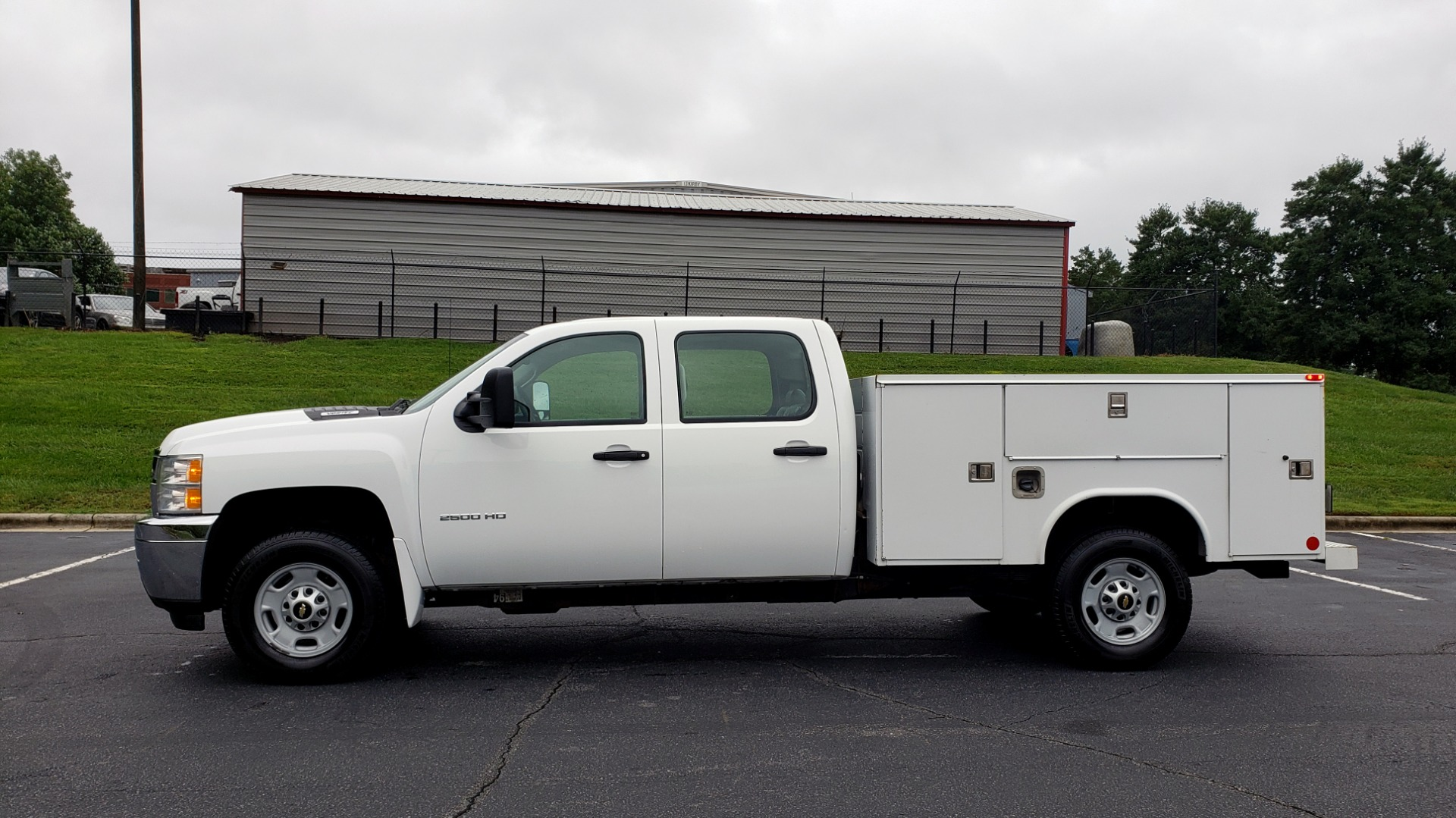 Used 2014 Chevrolet SILVERADO 2500HD WORK TRUCK 4WD / 6.0L V8 / AUTO / TOOL BOX / CLEAN for sale Sold at Formula Imports in Charlotte NC 28227 2