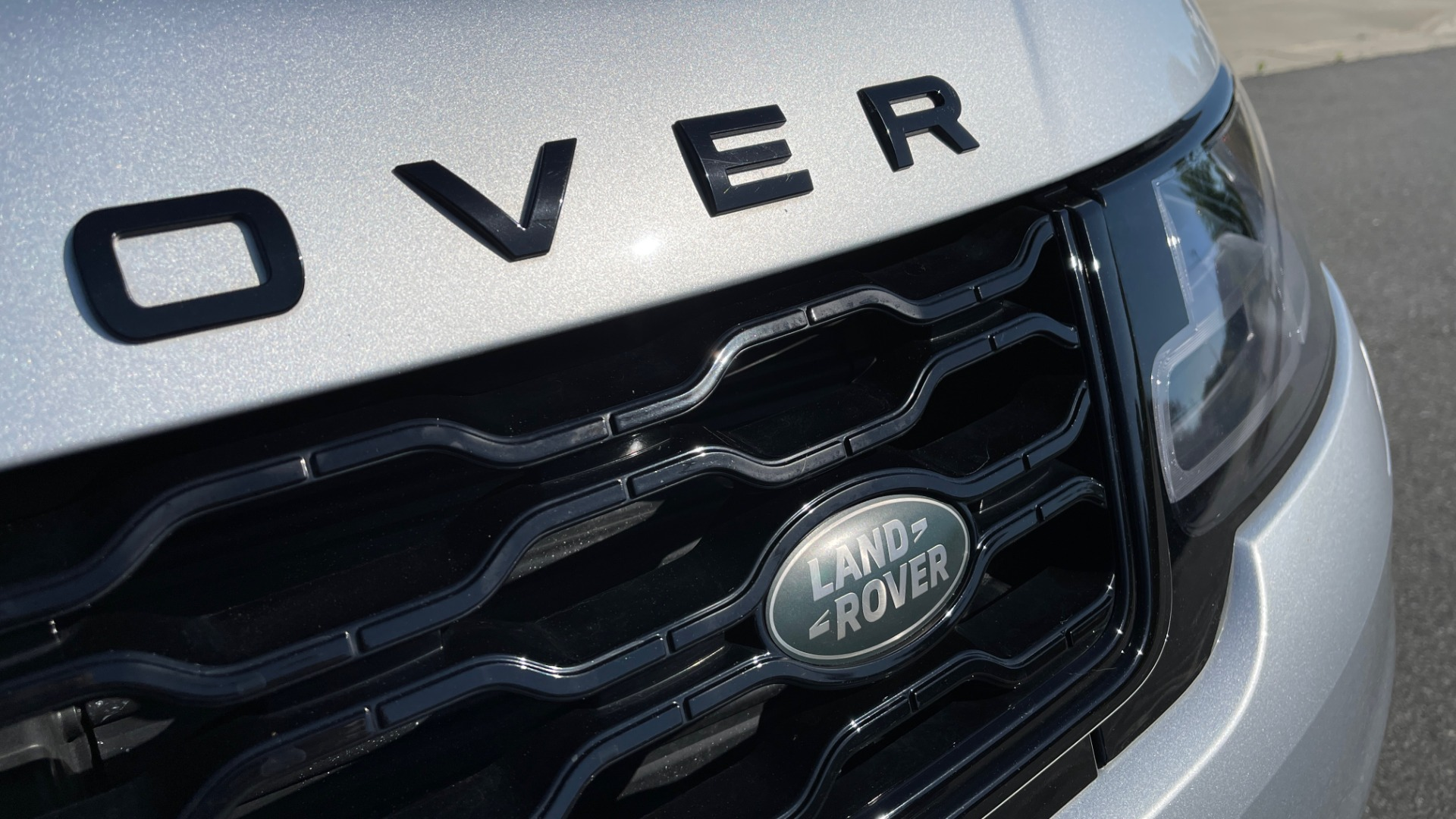 Used 2019 Land Rover RANGE ROVER SPORT HSE DYNAMIC / 3.0L SC V6 / 8-SPD / APPLE / NAV / SUNROOF / REARVIEW for sale Sold at Formula Imports in Charlotte NC 28227 13