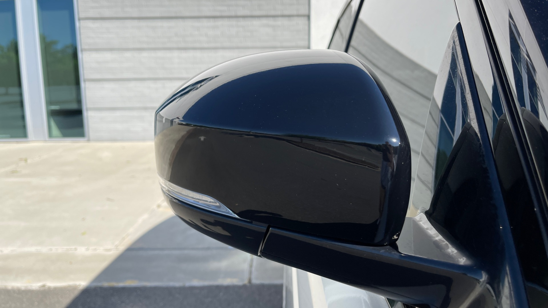 Used 2019 Land Rover RANGE ROVER SPORT HSE DYNAMIC / 3.0L SC V6 / 8-SPD / APPLE / NAV / SUNROOF / REARVIEW for sale Sold at Formula Imports in Charlotte NC 28227 22