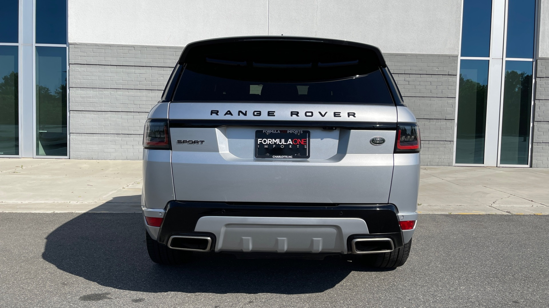 Used 2019 Land Rover RANGE ROVER SPORT HSE DYNAMIC / 3.0L SC V6 / 8-SPD / APPLE / NAV / SUNROOF / REARVIEW for sale Sold at Formula Imports in Charlotte NC 28227 23