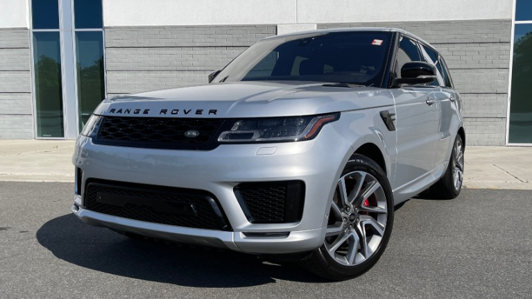 Used 2019 Land Rover RANGE ROVER SPORT HSE DYNAMIC / 3.0L SC V6 / 8-SPD / APPLE / NAV / SUNROOF / REARVIEW for sale $75,999 at Formula Imports in Charlotte NC